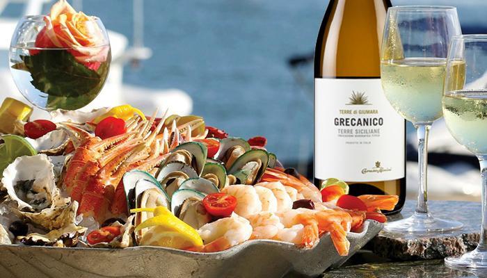 Rượu vang Grecanico cho bữa tiệc hải sản thêm hoàn hảo